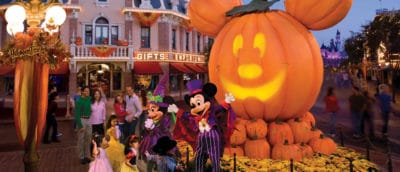 mickey et minnie lors des soirées d'halloween à Magic Kingdom en Floride