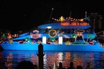 Parade de noel en bateau à key largo en Floride