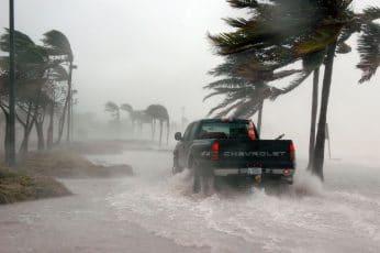 ne sortez jamais pendant un ouragan en Floride