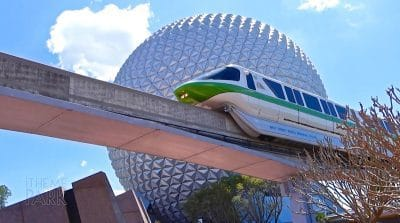 Monorail d'Epcot à Walt Disney World en Floride